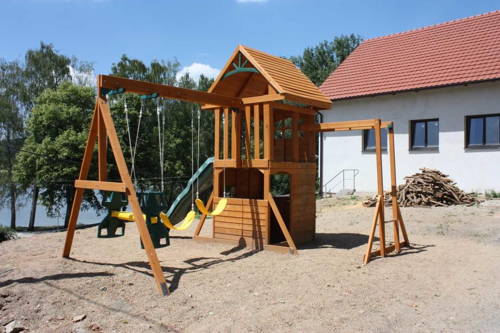 Dětské hřiště 1